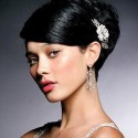 sideswept-updo-with-clip