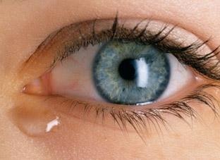 сухость в глазах