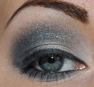 макияж в серых оттенках
