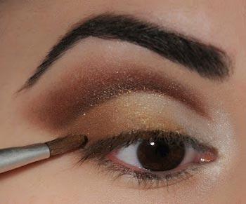 профессиональный макияж в коричневом